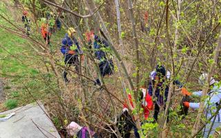 Українська гімназія № 1 долучилася до весняного передвеликоднього прибирання